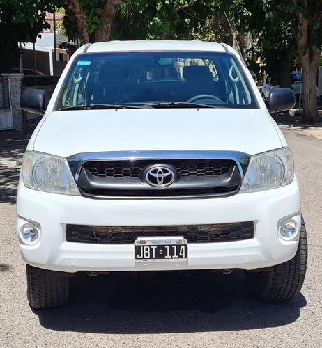 Toyota Hilux 2.5 Cab Doble 4x2 2010