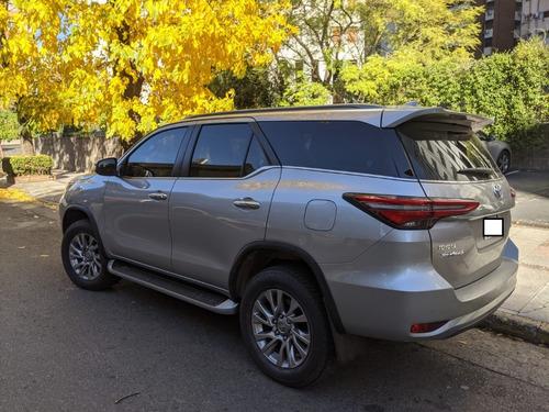 Imagen 1 de 9 de Toyota Sw4 2.8 Srx At6 4x4 7 Asientos 2021!