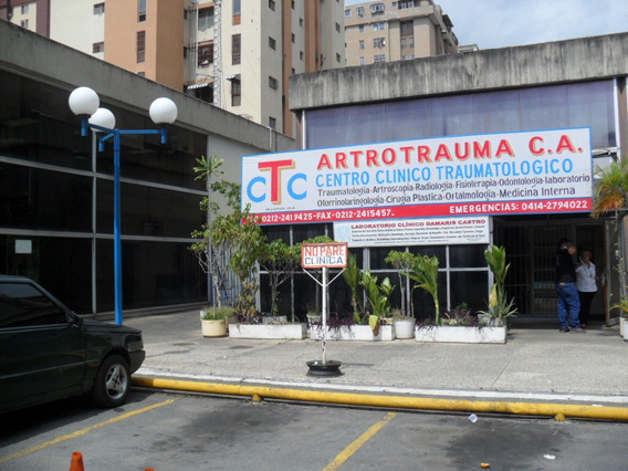 Se Vende Clínica Ambulatoria 150m La Urbina