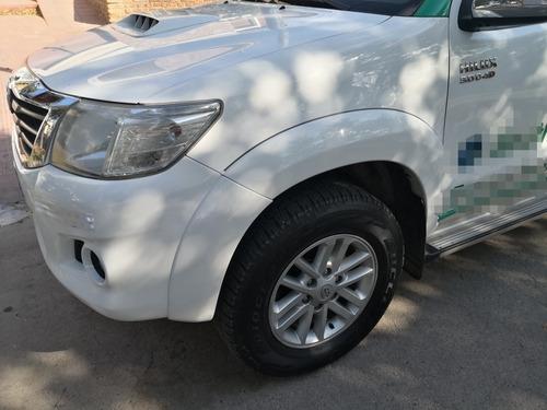 Toyota Hilux 3.0 Cd Srv 171cv 4x4 - A3 2014
