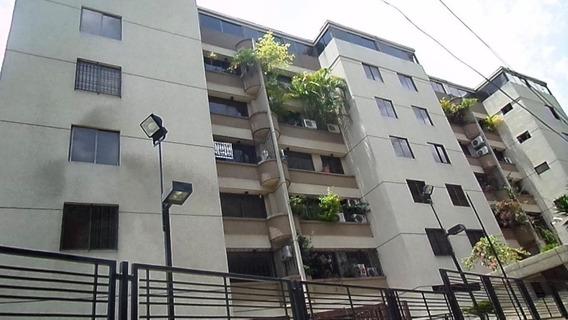 Apartamento En Venta Urb. Miranda Mls 20-16663 Gilaura Carmona