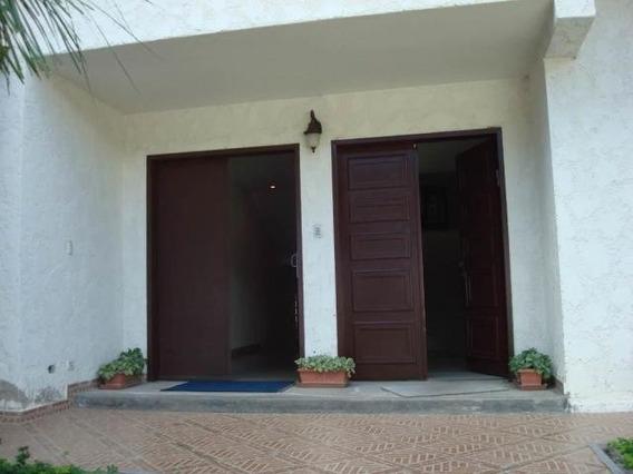 Casa En Venta En Macaracuay Mls 20-897