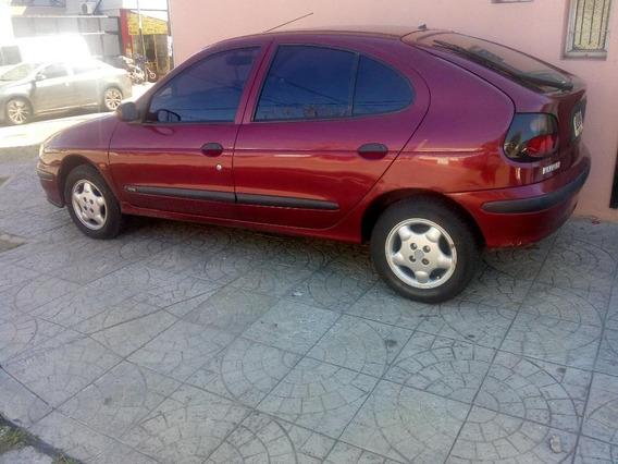 Vendo Renault Megane Cola Corta 2 Dueñ Con 144.000 Km Reales
