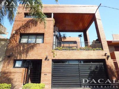 Casa En Venta En La Plata Calle 38 E/ 29 Y 30 Dacal Bienes Raices