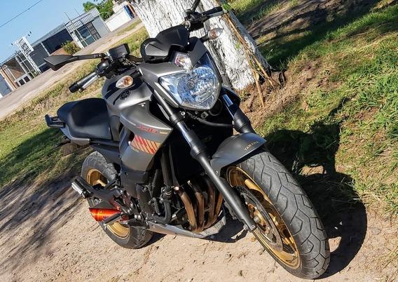 Moto Yamaha 600 Xj6n