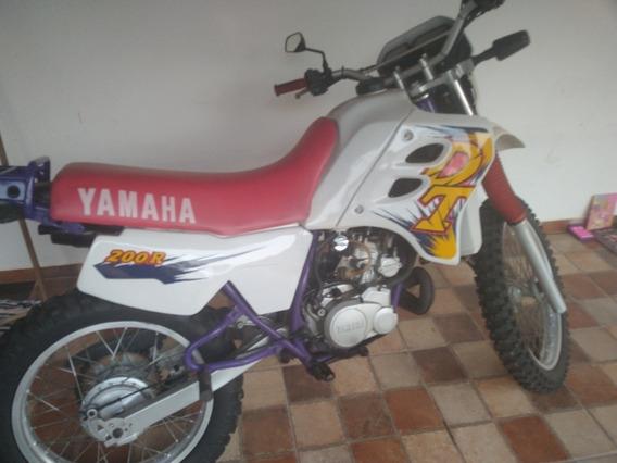 Yamaha 200r