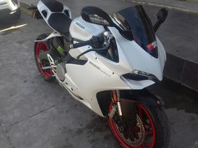 Ducati Panigale 2014