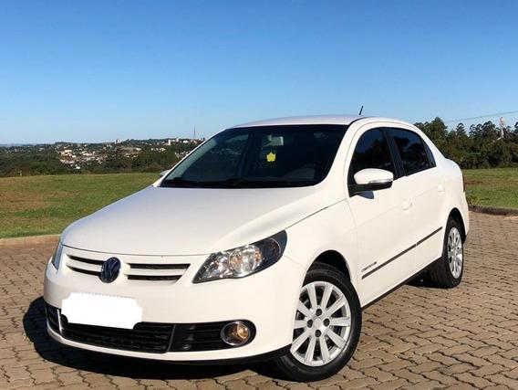 Volkswagen Voyage 2013 1.6 Vht Comfortline Total Flex 4p