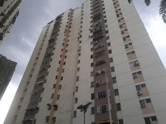 Maryuri Guite Vende Apto En Los Ruices Mls -20-16475