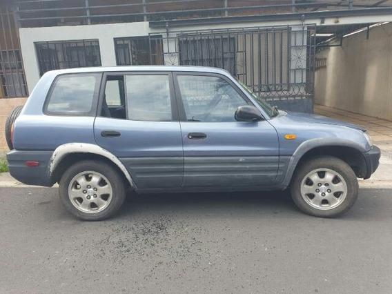 Se Vende Toyota Rav4 96