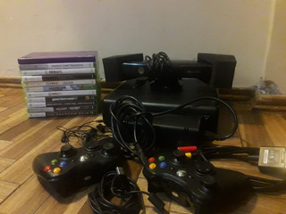 Xbox 360 4gb Slim + 11 Juegos Originales + 2 Joysticks