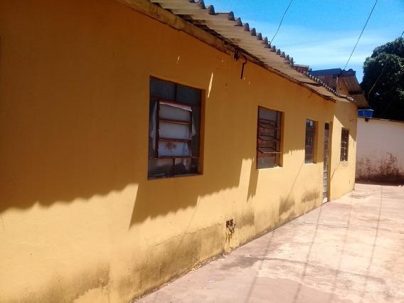 Vila De Casas C/ 04 Casas De Dois Quartos E 01 Quitinete