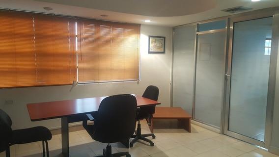 Oficina En Alquiler Av Universidad Maracaibo Cod. 28494pe