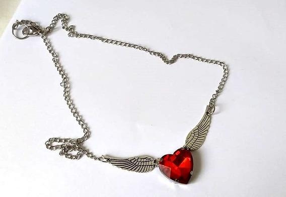 Correntinha Coração Vermelho Asas Delicado