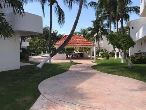 Casa En Condominio En Renta En Zona Hotelera, Benito Juárez, Quintana Roo