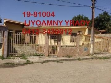 Casa En Venta Urb. Paraparal. Negociable 19-81004