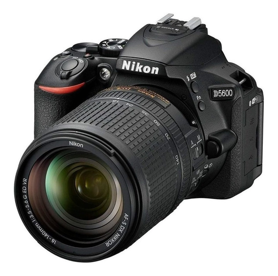 Nikon D5600 18-140mm VR Kit DSLR color negro