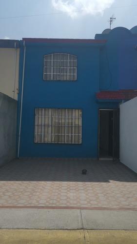 Casa En Renta En Sauces V Cerca De Aeropuerto De Toluca