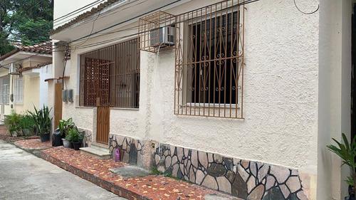 Imagem 1 de 13 de Duas Casas Em Vila, Térrea E Sobrado, Por R$ 650.000 - Santa Rosa - Niterói/rj - Ca21339