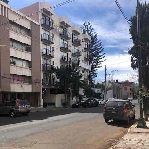 Departamento En Parque San Andrés, Carreteraco