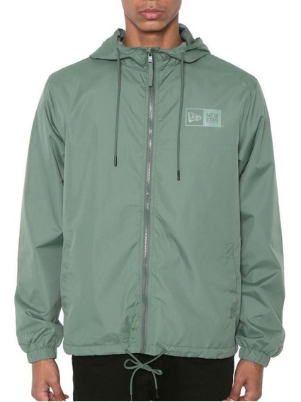 Jaqueta New Era Windbreaker Essential Fleece Verde