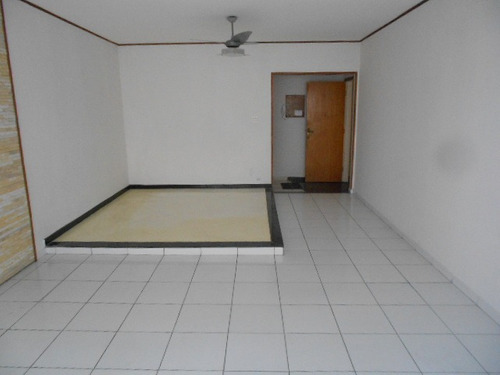 Imagem 1 de 14 de Gonzaga- 3 Dormitórios- 2 Suites-dep-gar Col-elev-px Praia