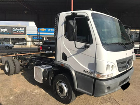 Mb Accelo 1016 T