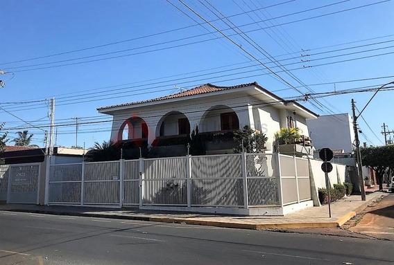Excepcional Sobrado De Esquina Com Quatro Dormitórios, Bem Localizado. - Mi277