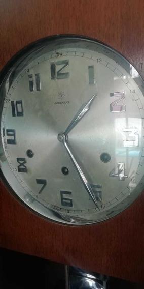 Reloj De Pared Antiguo Marca Junghans Aleman.