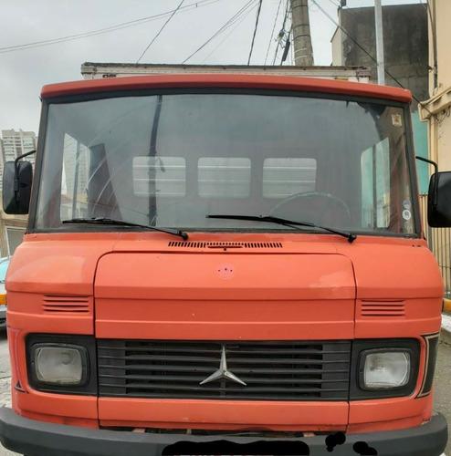 Imagem 1 de 6 de Caminhão Mercedes Benz 608 Bau