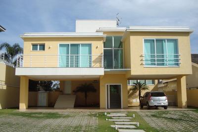Casa Em Condomínio Com Segurança Total, 4 Suites, Clean