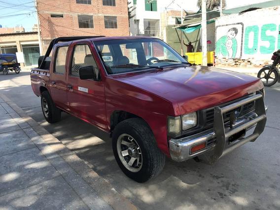 Vendo Nissan Fiera Pick Up Doble Cabina