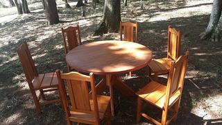 Conjunto De Mesa E Cadeiras Em Madeira Maciça