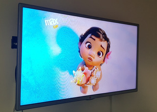 Lg Smart Tv 32 Pulgadas, Incluye Soporte Y Caja Original.
