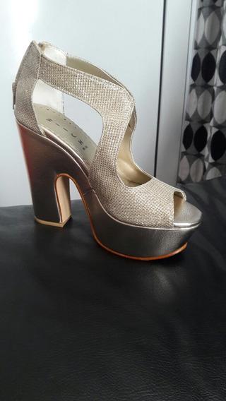 Zapatos Plataforma Dorados