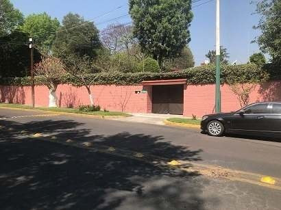 Casa En Venta En Lomas Hipódromo