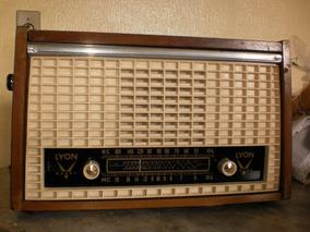 Antigo Radio Valvulado Da Marca Llyon., Lindo.
