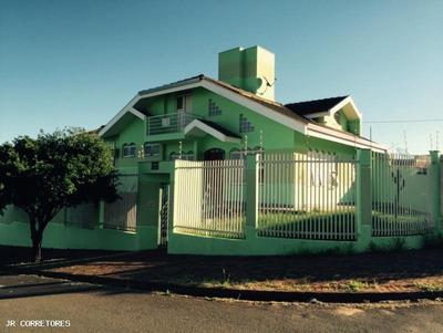 Casa Para Venda Em Londrina, Portal De Itamaracá, 4 Dormitórios, 1 Suíte, 4 Banheiros, 4 Vagas - Fb127