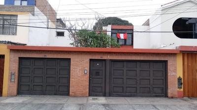 Cómoda Y Bien Ubicada, 3habitaciones, 1estudio Y Servicios.