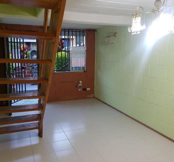 Casa Unifamiliar En Venta - Sector Buenos Aires Cod: 16456