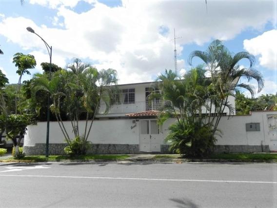 Casa En Venta En Prados Del Este Rent A House Tubieninmuebles Mls 20-18056