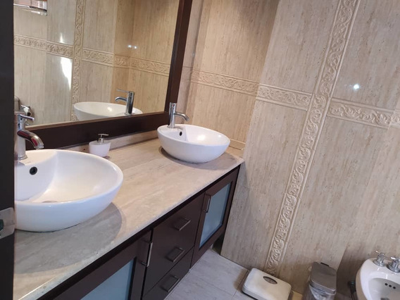 Vendo Apartamento Duplex Buen Precio La Soledad 04243785803