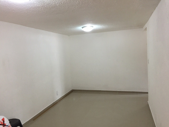 Departamento Con Tres Recamaras, Sala, Comedor Muy Bonito Y