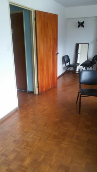 Se Alquila Oficina 40m2 Altamira