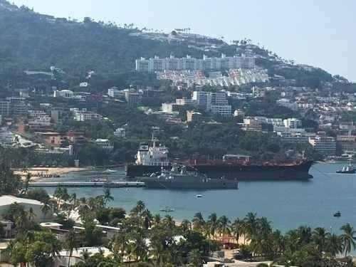 Departamento Sobre Costera Miguel Alemán Y Cerca De Playa