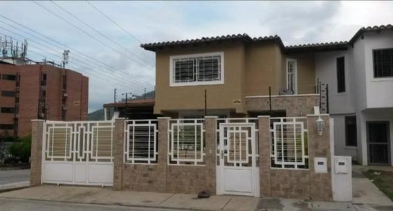 Casa En Paso Real