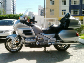 Moto Honda Gold Wing 1800 - Segundo Dono