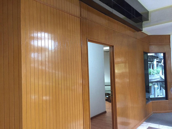 Renta Oficina Constituyentes. Centro. Edificio Corporativo