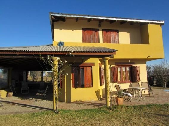 Vendo Casa En Villa Yacanto.