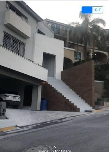 Casa En Las Cumbres 2 Sector, Monterrey
